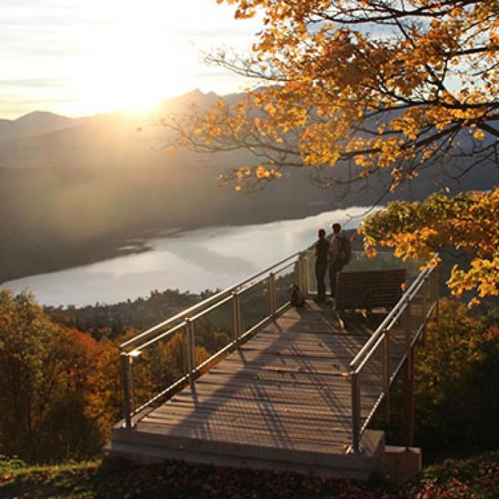 Herbstlust zwischen Berg und See